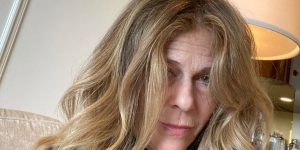 Rita Wilson's Hair Fiasco Eclipsed the Golden Globes Before It Even Started